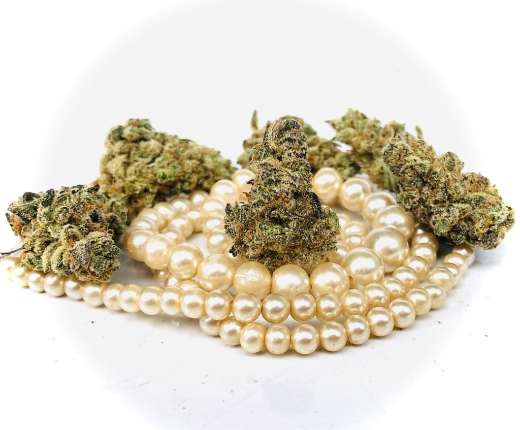 buds of grape pearls strain by grow west
